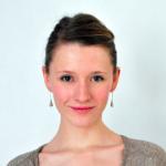 Alicia Izard, Les entreprises pour la Cité